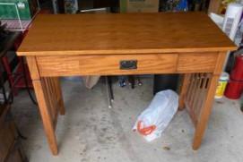 Desk (Pearland)